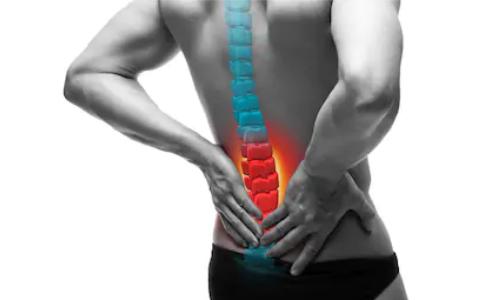 """【腰痛持ち必見】僕が半年で """"臀部と腰の痛み"""" を完治させた3つの対策"""